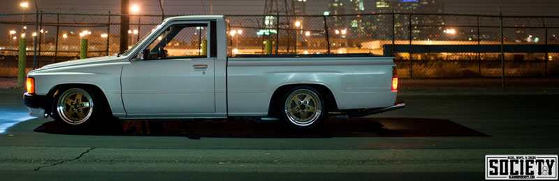 Jdm Truck 1987 Toyota Pickup Stanced On 15 215 8 Zero Offset