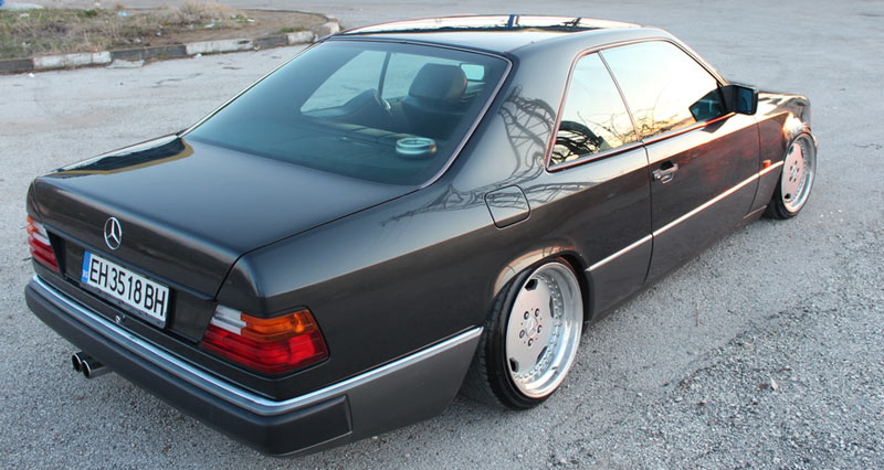 mercedes benz w124 coupe on amg aero i 3 piece wheels. Black Bedroom Furniture Sets. Home Design Ideas