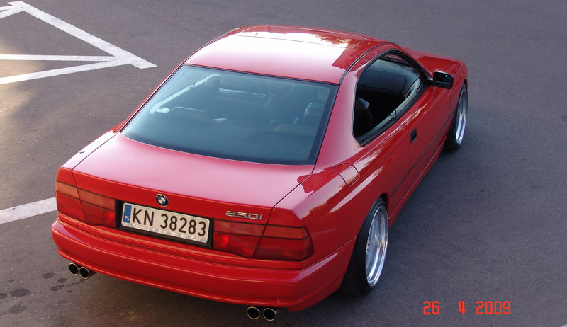 BMW 850i E31 on OZ Futura