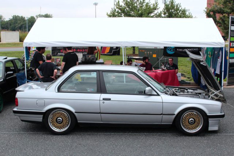 BMW E30 on Gold BBS RS Turbofans