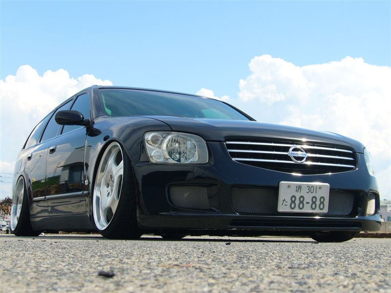 JDM Nissan Stagea on 20