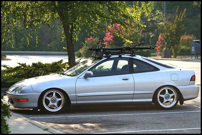 Racing Hart Type-C Tracer on DC Acura Integra