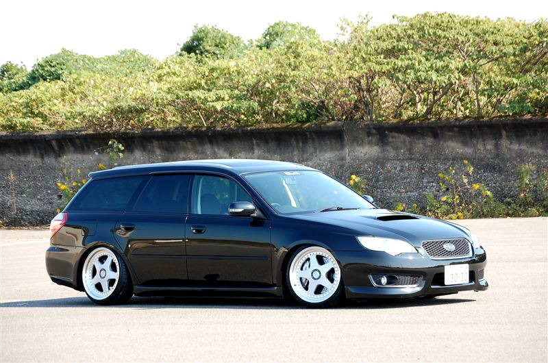 OZ Futura on Subaru Legacy Touring Wagon 2.0GT Spec.B