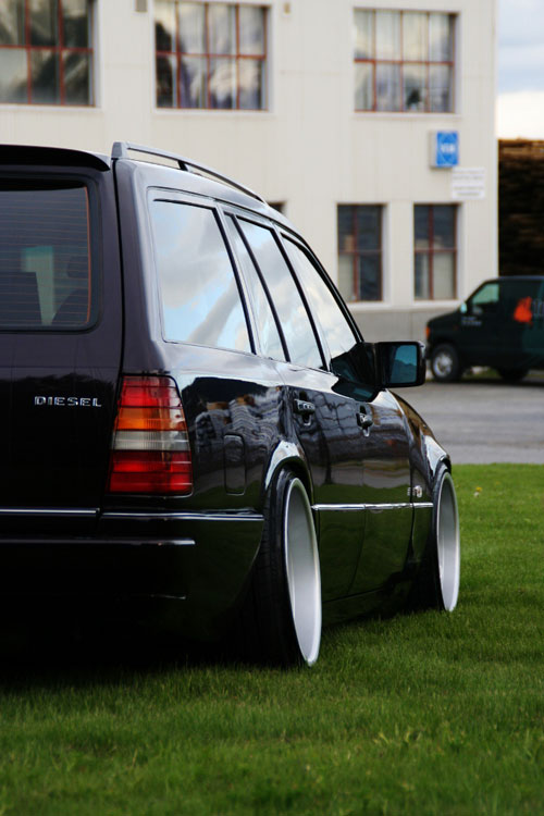 Mercedes Benz W124 Brock B1