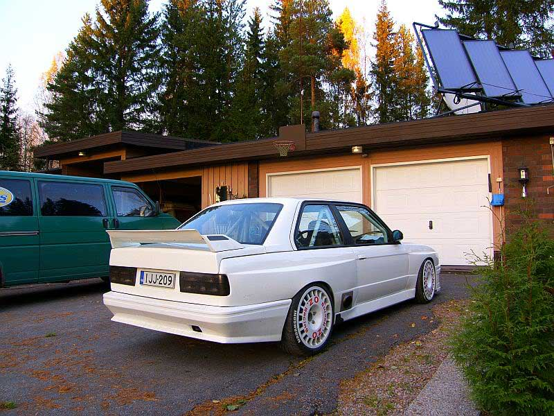 OZ Rally Wheels on Flared BMW E30