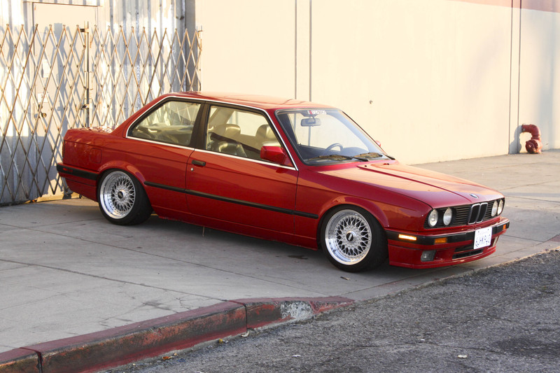 BBS RS 16x9.5 on Slammed BMW E30