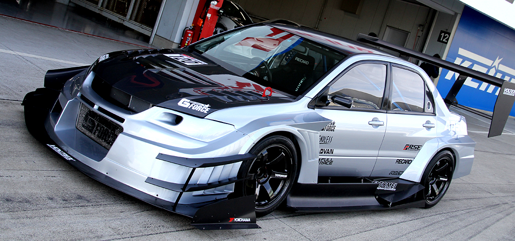 Volk Racing TE37 Saga on Mitsubishi Lancer EVO X