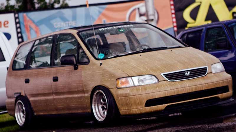 Honda Odyssey Bagged On 15 215 10 S Woody Edition Jdmeuro Com